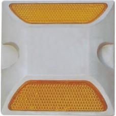 Катафот световозвращающий КД-3 (по ГОСТ 50971-2011) для установки на дорожное полотно.